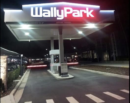 Wallypark Premier Garage Shuttle Dandk Organizer